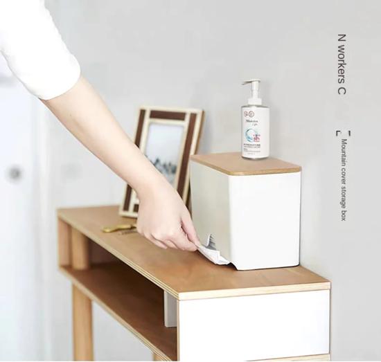 Imagine Dispenser pentru masti faciale ideal pentru cabinet ,office(fara masti)